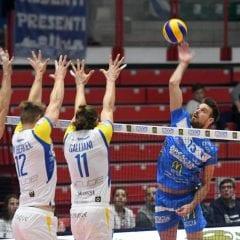Trasferta a Cantù: è subito big match!